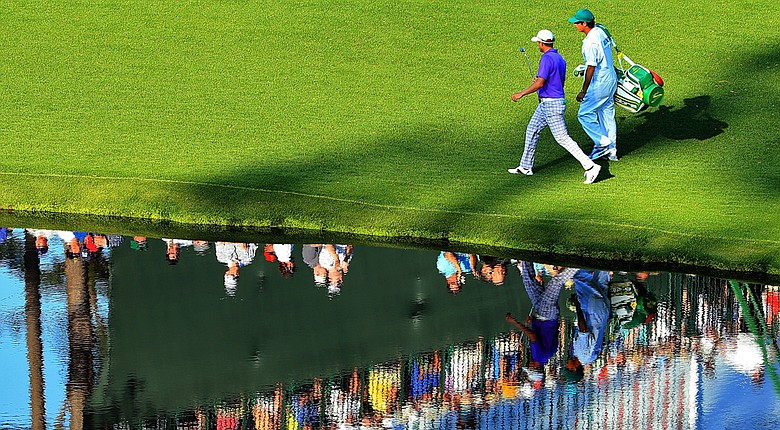 Jonas Blixt posted a 1-under 71 on Saturday to move to 4 under, just one shot off the lead at the 2014 Masters.