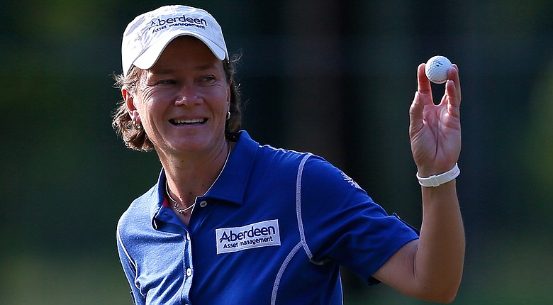 Catriona Matthew posted a 5-under 67 to maintain a one-shot lead at the Airbus LPGA Classic.