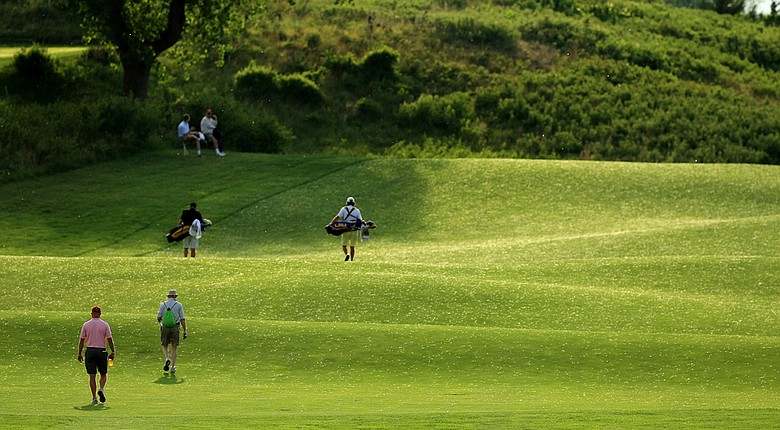 Spectators watching the 2014 NCAA Division I Men's Championship at Prairie Dunes Country Club in Hutchinson, Kan.