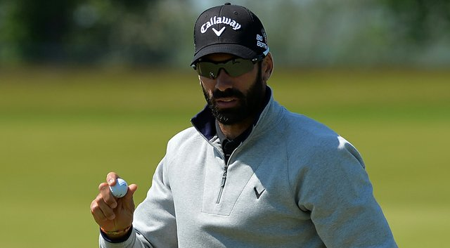 Spain's Alvaro Quiros shot a 5-under 67 Friday to move into a three-way tie atop the Nordea Masters leaderboard.
