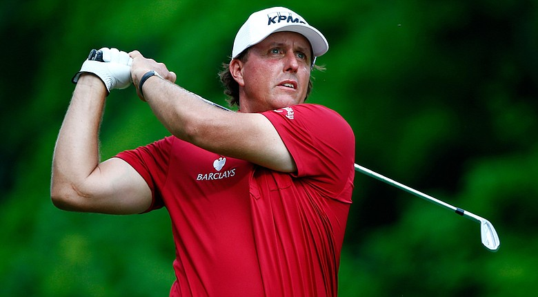 According to The Wall Street Journal, Phil Mickelson was questioned by federal investigators about a major insider-trading probe.