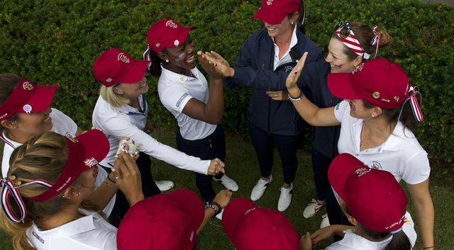 The U.S. team gathers before the stat of play during the Saturday four-ball matches at the 2014 Curtis Cup.