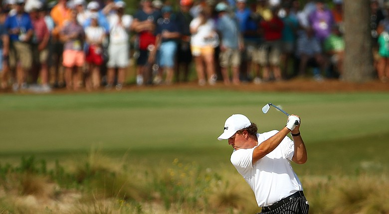 Phil Mickelson practices Tuesday on Pinehurst's No. 2 course for the 2014 U.S. Open.