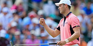 Kaymer holds steady, but door ajar for Sunday