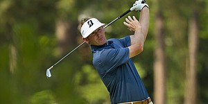 Snedeker plays through injury at U.S. Open