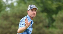 Furyk, McDowell make small Ryder Cup moves