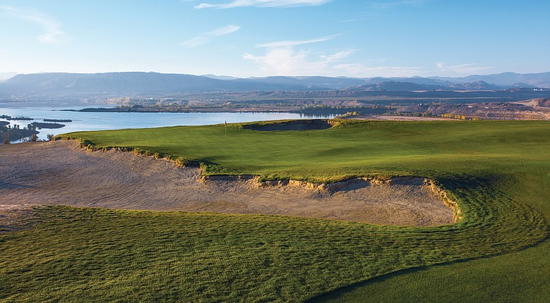 Gamble Sands' drivable, par-4 second hole looks out over the Columbia River. The David McLay Kidd design stresses playability.