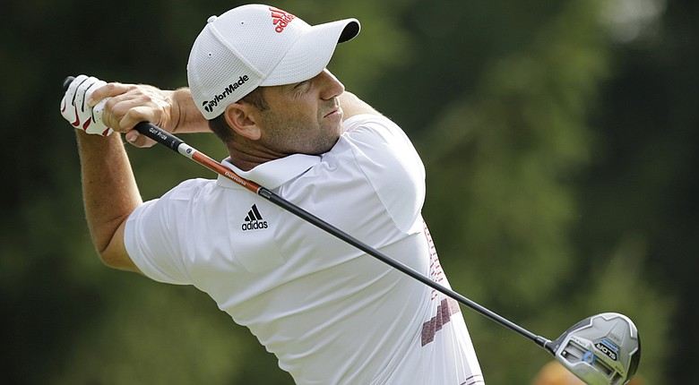Sergio Garcia fired a 3-under 67 on Saturday and will take a three-shot lead into the final round of the WGC-Bridgestone Invitational.