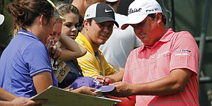 In pain, Dufner grinding to earn Ryder Cup berth