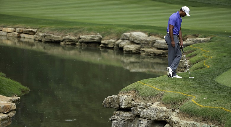 Tiger Woods has not broken par in his last five rounds in major championships.