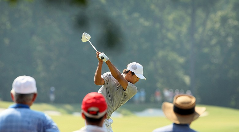Gunn Yang at No. 10 during the finals at the 2014 U.S. Amateur at the Atlanta Athletic Club. He leads after 18 holes, 1 up, over Corey Conners.