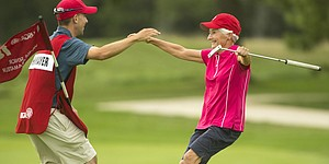 Chartrand, Frohnmayer advance at Sr. Women's Am