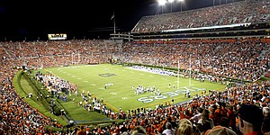 Gridiron neighbors: Auburn, Grand National
