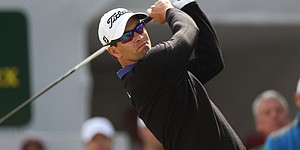 Caddie search still on as Scott starts new season