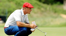 Dechambeau finds symmetry in physics, college golf