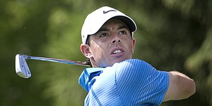 Tour Notes: McIlroy, Scott play through offseason