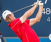 McIlroy, Lowry share one-shot lead in Dubai