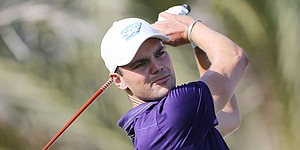 Kaymer blisters Abu Dhabi for 1st-round lead