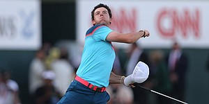 McIlroy looks untouchable in winning Dubai Desert Classic