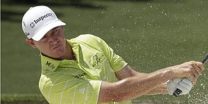 Walker leaves Masters disappointed after wrist injury
