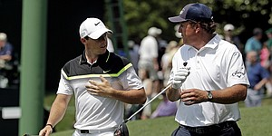 Mickelson, McIlroy lack firepower on Masters opening day