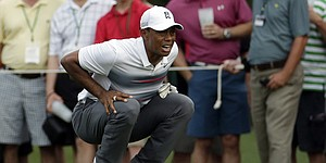 In Tiger's Masters comeback, no sign of chip yips
