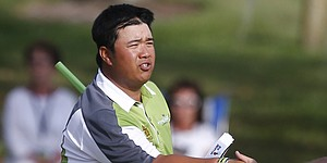 Aphibarnrat outlasts Chinese teen for Shenzhen title