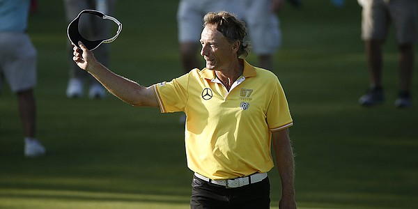 Bernhard Langer defends Senior Players title with runaway