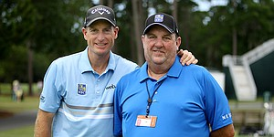 Jim Furyk chases another U.S. Open with dad in his corner