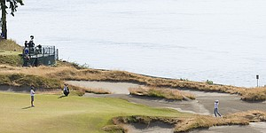 Chambers Bay: A U.S. Open site that steals headlines, and for good reason