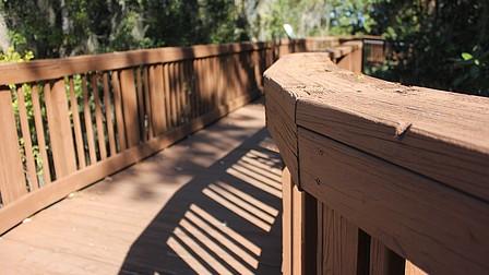 Lake Minehaha to get public lakeside deck