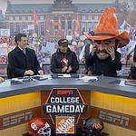 Rickie Fowler appears on ESPN's College GameDay, goes 7-4 with picks