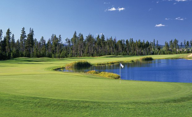 """For $249 per night, Sunriver's """"Unlimited Crosswater Golf Experience"""" package allows you to stay and play Crosswater – plus Sunriver's Meadows, Woodlands and Caldera Links layouts – as much as you'd like."""