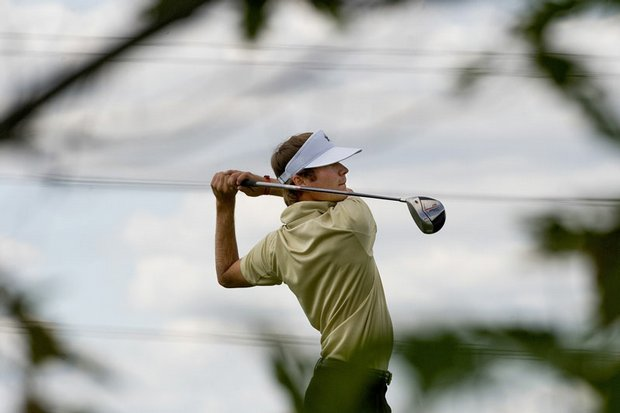 Vanderbilt's Hudson Johnson hits a tee shot during the second round of Golfweek's Conference Challenge.