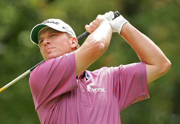 Steve Stricker hits his drive on the second hole during the final round of the Deutsche Bank Championship.