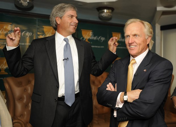 Greg Norman, right, and Fred Couples at news conference announcing their Presidents Cup picks.