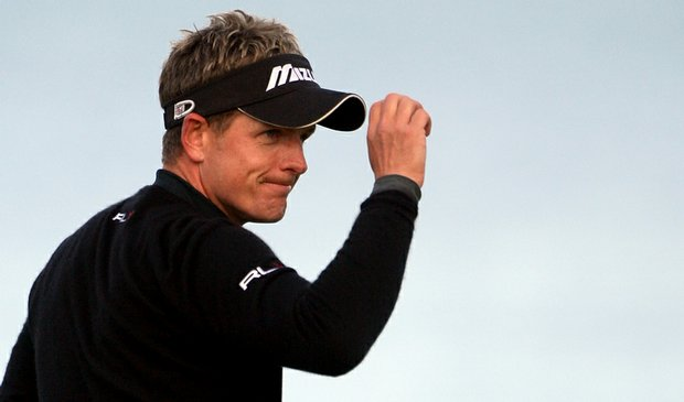 Luke Donald acknowledges the crowd Oct. 4 after the third round of the Alfred Dunhill Links Championship at Kingsbarns.
