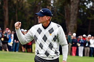 Steve Stricker celebrates a birdie putt on the fifth hole during the Saturday afternoon fourball matches.