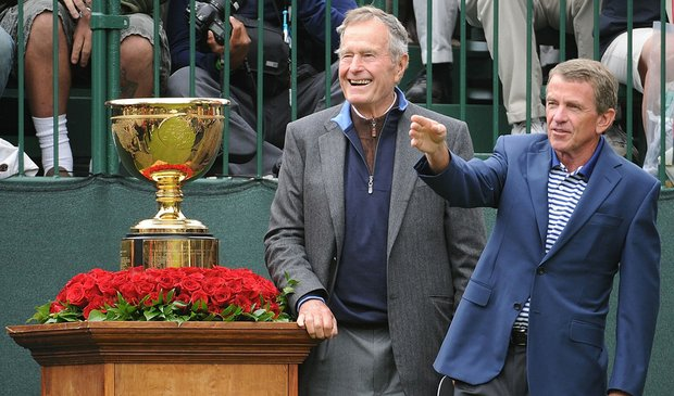 Former President George H.W. Bush and PGA Tour Commissioner Tim Finchem during the Presidents Cup.
