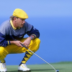 Payne Stewart lines up a putt during the 1993 Buick Invitational at Torrey Pines.