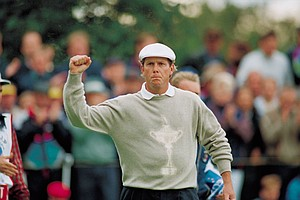 Payne Stewart celebrates his win against Mark James during the 1993 Ryder Cup at the Belfry.
