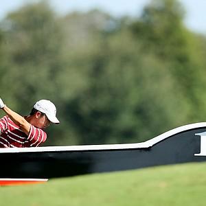 Stanford's David Chung hits his tee shot at No. 18.
