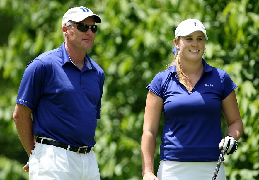 Duke head coach Dan Brooks talks with senior Amanda Blumenherst before the start of the final round of the 2009 NCAA Women's Championship.