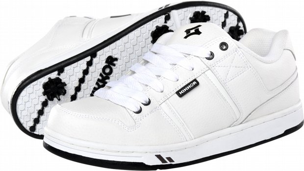 Kikkor's EPPIK white shoes.