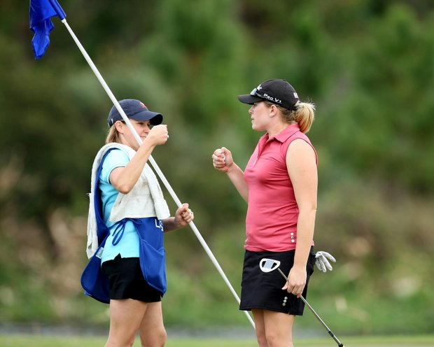 Leah Wigger and her caddie Danielle Roudebush at No. 18.