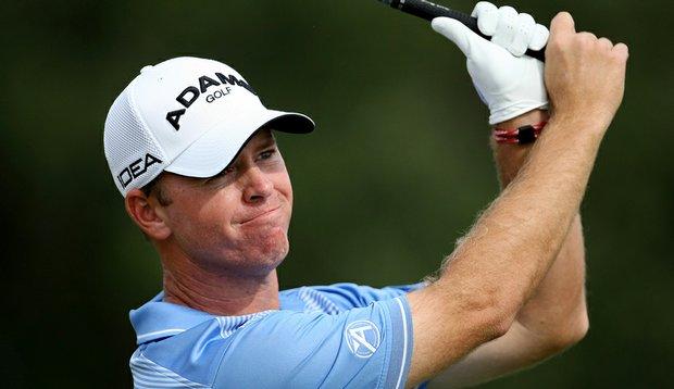 Josh Broadaway during PGA Tour Q-School. Broadaway plays cross-handed.