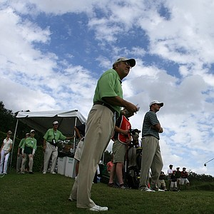Shaun Micheel hits his first tee shot of the day during Sunday's fifth round.