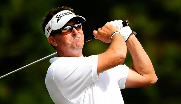 Robert Allenby plays a shot on the 16th hole during the second round of the Sony Open.
