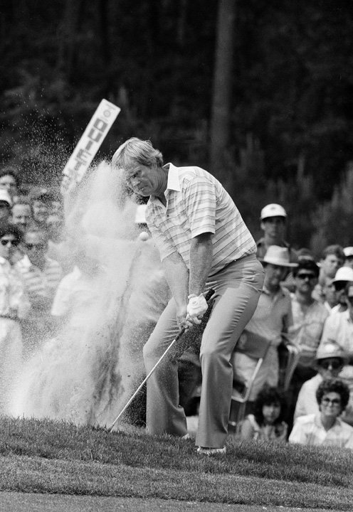 Jack Nicklaus hits from a bunker during the second round of the 1986 Masters.