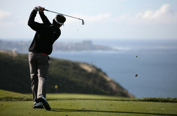Charlie Wi tees off the par-3 third hole of the South Course at Torrey Pines during the 2009 Buick Invitational.